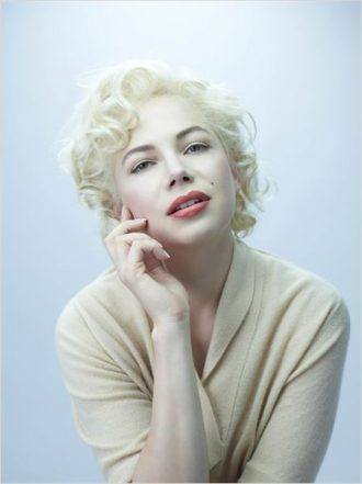 Photo de Michelle Williams posant en Marilyn Monroe pour le film My Week with Marilyn.