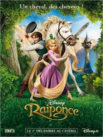 Affiche du film Raiponce sur laquelle nous retrouvons l'héroïne côte à côte avec lautres personnages dans la forêt, prêts à combattre.
