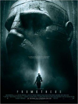 Affiche de Prometheus sur laquelle l'héroïne incarnée par Noomi Rapace découvre une immense statue.