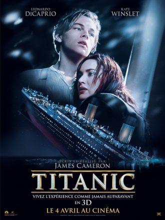 Affiche du film Titanic de James Cameron à l'occasion de la ressortie du film en 3D. Nous y voyons Leonardo DiCaprio et Kate Winslet s'étreindre alors que le bateau coule.