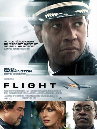 Affiche du film Flight de Robert Zemeckis sur laquelle les personnages principaux sont présentés sur un montage. Au centre de l'affiche, un avion retourné en plein air et en feu est visible.