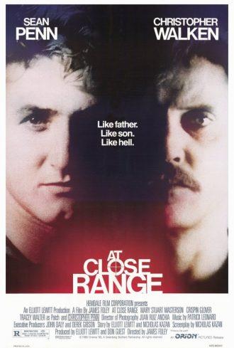 Affiche de Comme un chien enragé sur laquelle Sean Penn et Christopher Walken ont leur profil côte à côte.