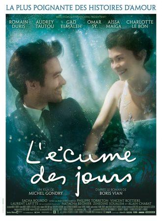 Affiche du film L'écume des jours de Michel Gondry, sur laquelle Romain Duris et Audrey Tautou se prennent par le main et se sourient sous l'eau.