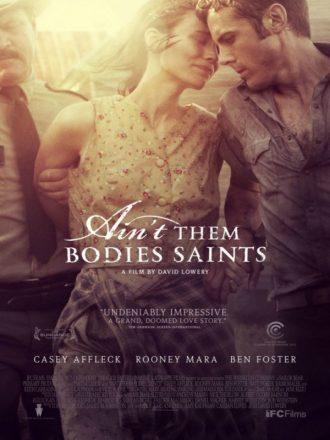 Affiche du film Les amants du Texas de David Lowery. Nous y voyons Casey Affleck et Rooney Mara en train de se faire arrêter et de tenter de s'étreindre.