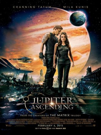 Affiche de Jupiter Ascending des Wachowski. Nous y distinguons tout l'univers visuel du film ainsi que les deux personnages principaux incarnés par Channing Tatum et Mila Kunis.