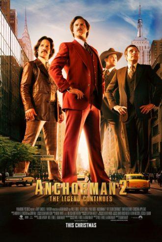Affiche de Légendes Vivantes d'Adam McKay. Nous y voyons la joyeuse bande menée par Ron Burgundy surplomber les rues de New York tels de véritables buildings.