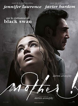 """Affiche de """"Mother!"""" de Darren Aronofsky. Au milieu d'un mur qui se craquèle, on aperçoit le visage de Jennifer Lawrence dont le regard est tourné vers le haut. Javier Bardem apparaît au second plan et affiche un profil particulièrement sombre et menaçant."""