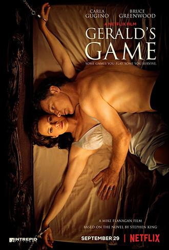 Affiche de Jessie de Mike Flanagan sur laquelle Carla Gugino est menotée sur un lit, avec le corps sans vie de Bruce Greenwood étendu sur elle.