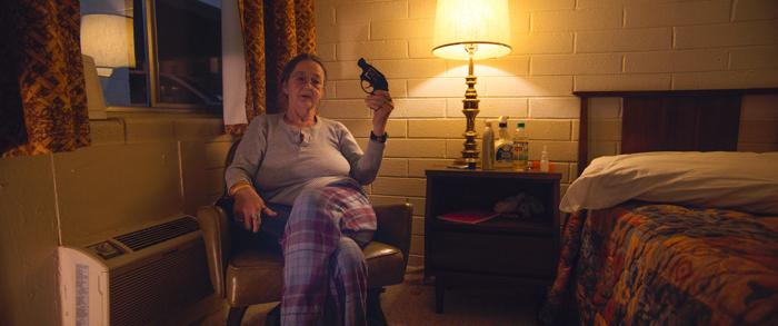 """Photo d'une ancienne militaire qui témoigne dans le documentaire """"America"""" réalisé par Claus Drexel."""