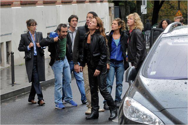 Photo de l'équipe de Polisse en train d'intervenir dans le film Polisse de Maïwenn.