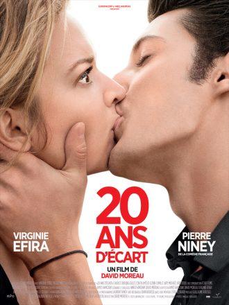 Affiche du film 20 ans d'écart sur laquelle Virginie Efira et Pierre Niney s'embrassent devant un fond blanc. Efira paraît désemparée et Niney semble passionné.