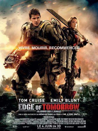 Affiche du film Edge of Tomorrow réalisé par Doug Liman. Nous y voyons Tom Cruise et Emily Blunt dans des armures robotisées debout sur un champ de bataille.
