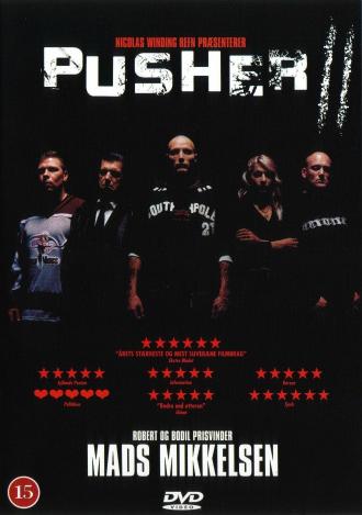 Affiche de Pusher II - Du sang sur les mains réalisé par Nicolas Winding Refn. Sur l'affiche, on découvre tous les personnages principaux alignés dans l'ombre avec au centre Mads Mikkelsen.
